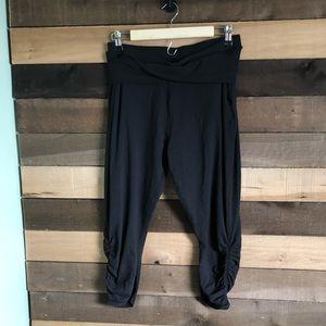 Lululemon Black Loose Leggings Womens size 8